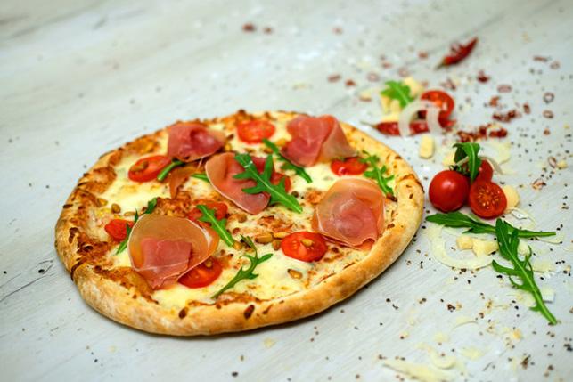 Pizza Gorgonzola e Serrano