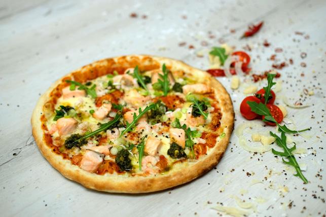 Pizza Salmone e Pesto